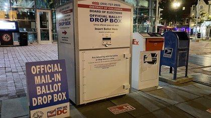 Unas 22 millones de personas en EEUU ya votaron por correo electrónico (Sebastián Fest)