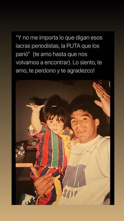 Gianinna Maradona de chica con Diego