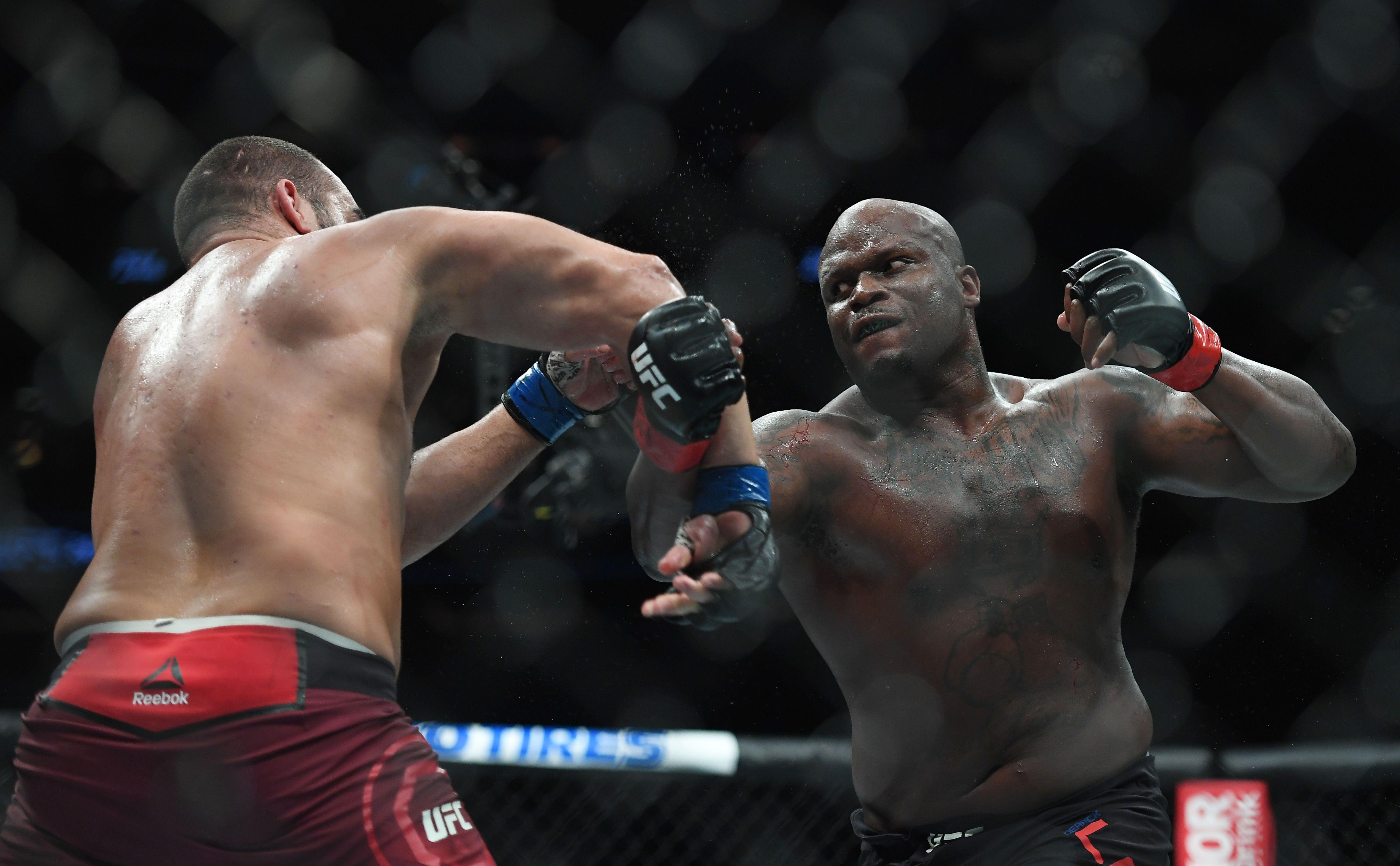 Derrick Lewis, en uno de sus últimos combates en UFC (Sarah Stier-USA TODAY Sports)