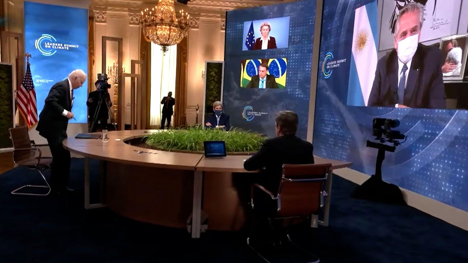 Biden se retira de la Cumbre del Clima antes de que hable Alberto Fernandez captura