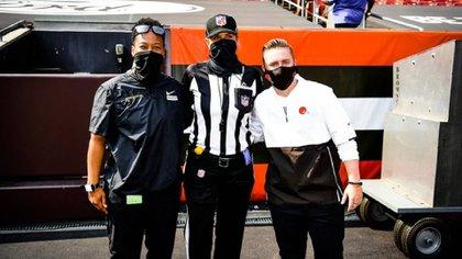 El partido entre Cleveland Browns y Washington es el primero  de temporadas regular en la historia de la NFL en el que participan tres mujeres (Foto: Twitter@NFL)