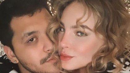 """""""Dejen de desearme que termine"""": Christian Nodal respondió a quienes critican  su noviazgo con Belinda"""