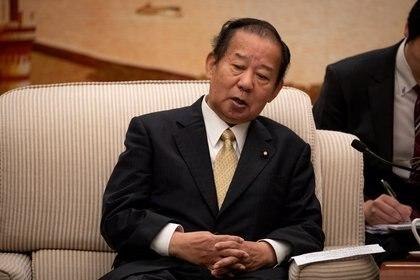 Toshihiro Nikai, secretario general del Partido Liberal Democrático, no descartó la cancelación de los Juegos Olímpicos (Foto: Reuters)