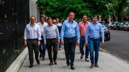 Hasta el momento, el gobernador Axel Kicillof, se manifestó en contra de derogar la ley votada el 17 de agosto de 2016 que hablita solo una reelección. (Santiago Salva)