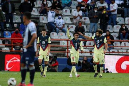 El américa tuvo diferentes oportunidades de gol pero no las concretó (Foto: EFE/David Martinez Pelcastre)