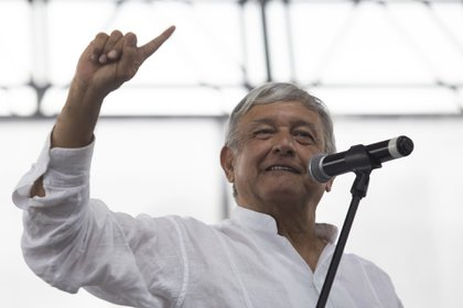 La Cámara de Diputados aprobó elevar a rango constitucional lor programas sociales impulsados por el presidente Andrés Manuel López Obrador (Foto: EFE/Francisco Guasco)