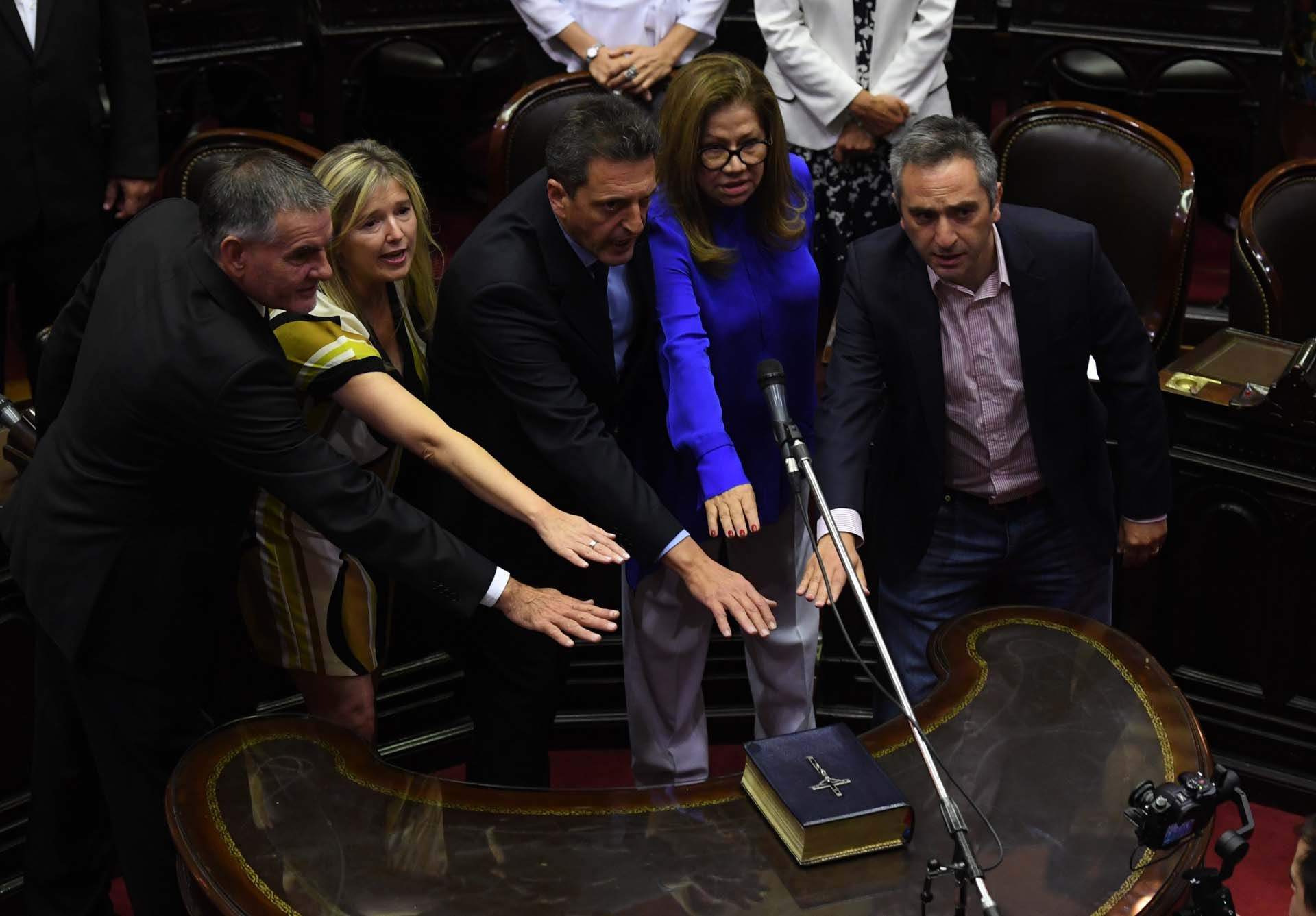 Castagnetto, Álvarez Rodríguez, Massa, Camaño, Larroque