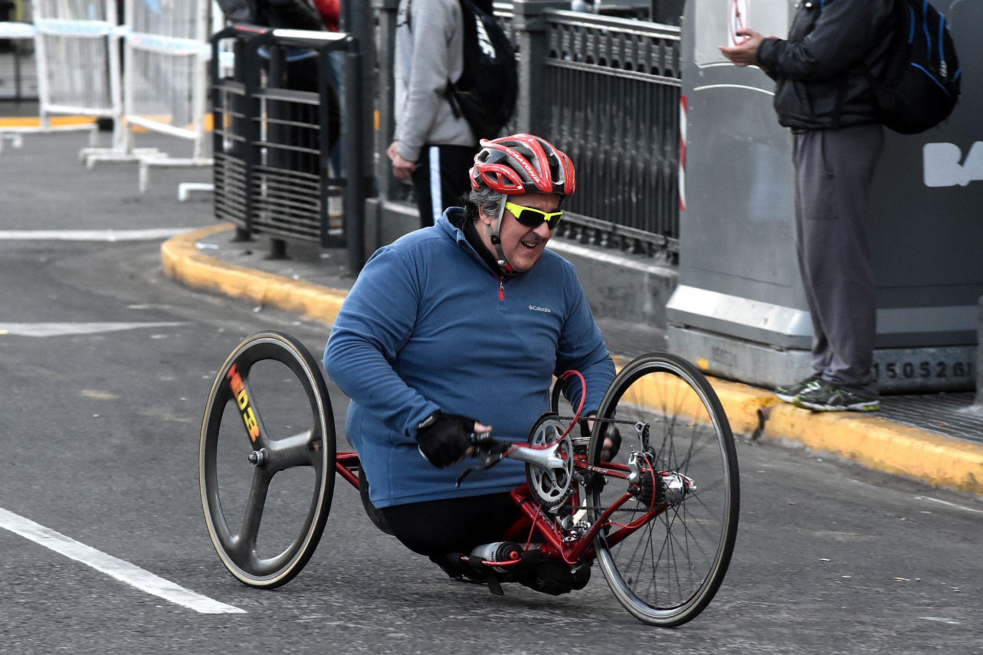 Personas con movilidad reducida también pudieron participar de la media maratón