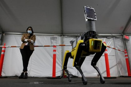 A futuro esperan integrar más soluciones para que el robot sea capaz de monitorear la temperatura corporal del paciente, así como el pulso, la frecuencia respiratoria y saturación de oxígeno