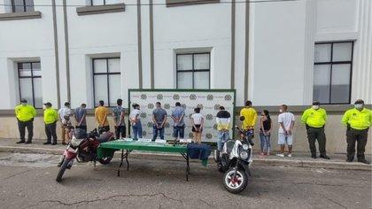 'Los correcaminos' fueron señalados de distribuir estupefacientes ilegales a domicilio en Bucaramanga (Santander). Foto: Policía Metropolitana de Bucaramanga.