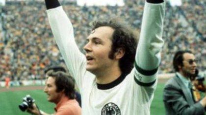"""""""El Kaiser"""" en sus tiempos como líder de la selección alemana"""