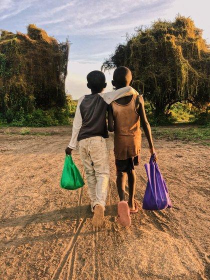 Clara comparte mucho de su vida en África en su cuenta de Instagram @clarisibbald