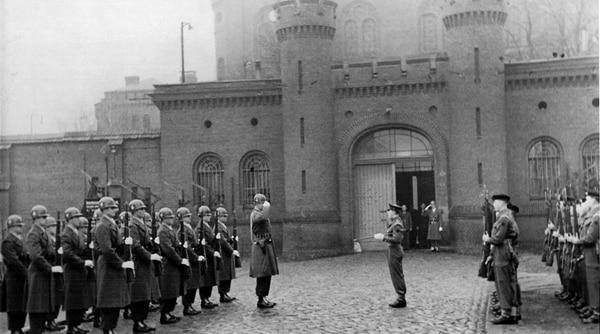 Spandau llegó a tener 650 presos, al final solo 7 ocuparon sus 132 celdas