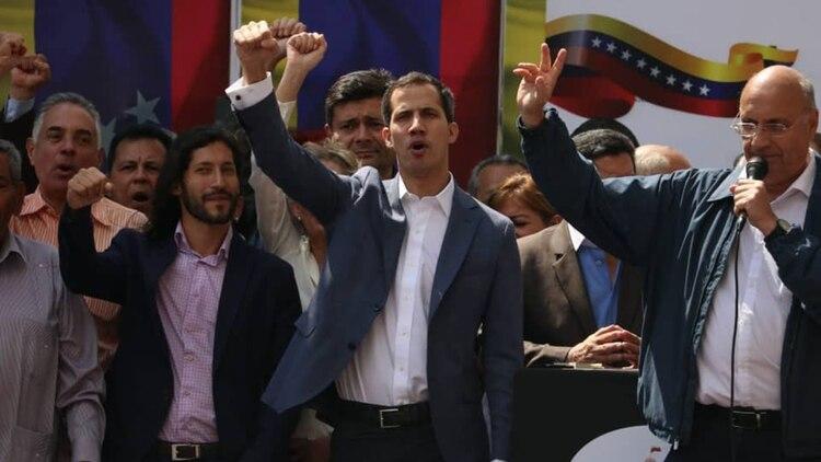 Juan Guaidó se declaró a cargo del Poder Ejecutivo de Venezuela este viernes 11 de enero de 2018
