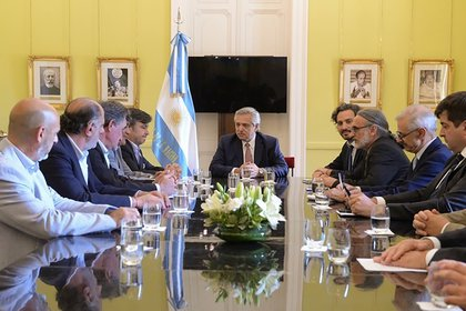 La última reunión del presidente Alberto Fernández y la Mesa de Enlace, en diciembre pasado. Se profundizan las diferencias entre el campo y el gobierno