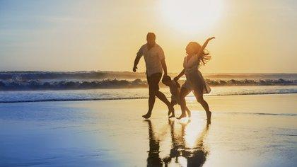 La felicidad en familia (iStock)