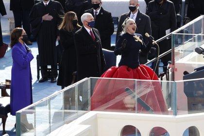 Potente interpretación de Lady Gaga (Reuters)