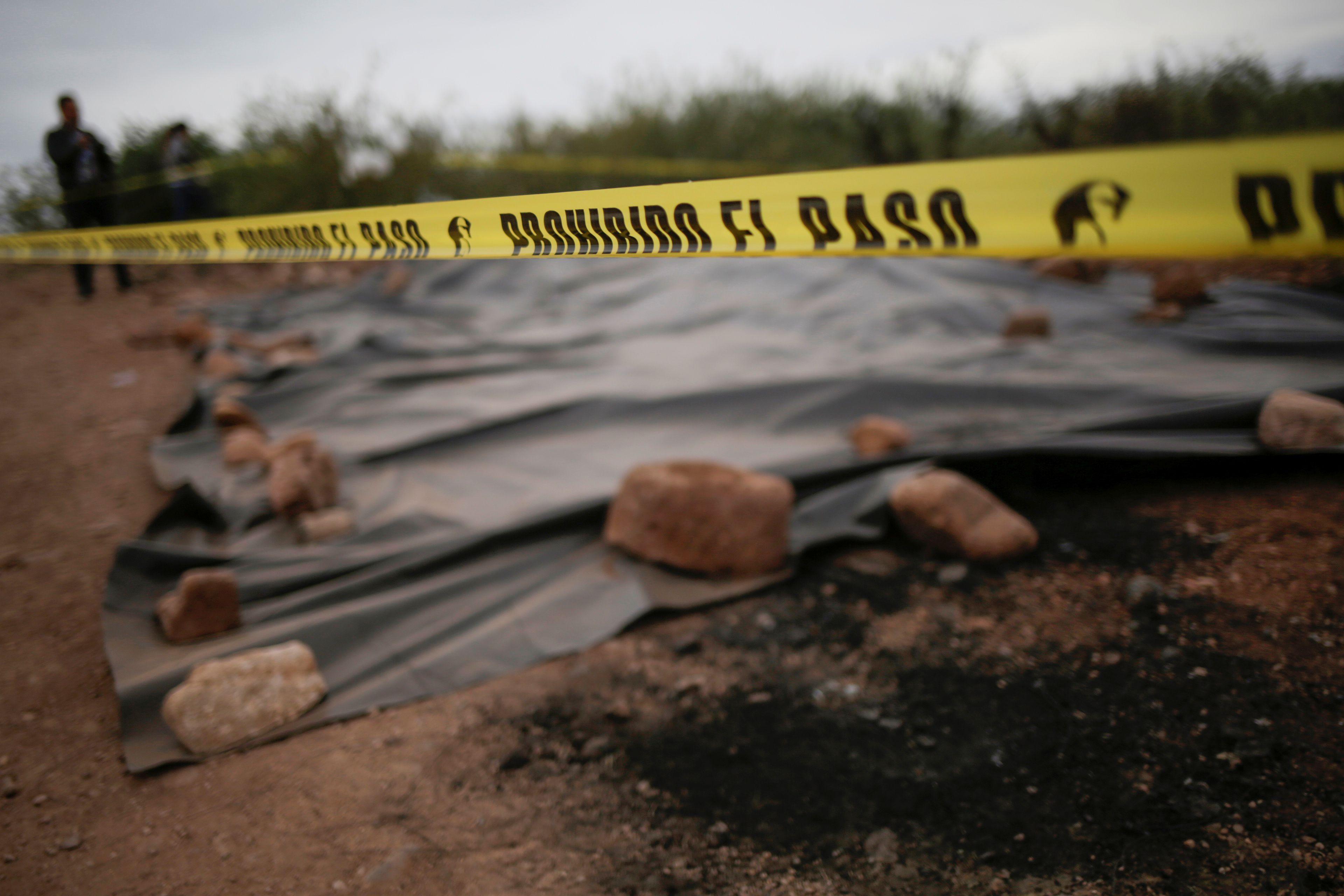 La zona acordonada donde fueron masacrados los LeBarón (Foto: REUTERS/Jose Luis Gonzalez)