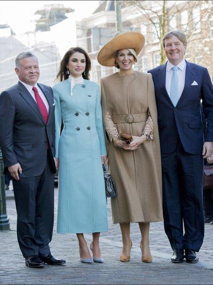 La foto oficial,rey Abdulá de Jordania acompañado de su mujer Rania junto Máxima y el rey Guillermo de Holanda
