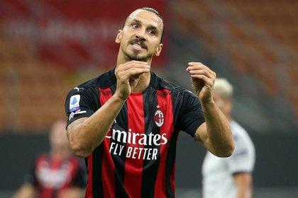 Zlatan Ibrahimovic dio positivo de coronavirus, según confirmó el AC Milan (EFE)