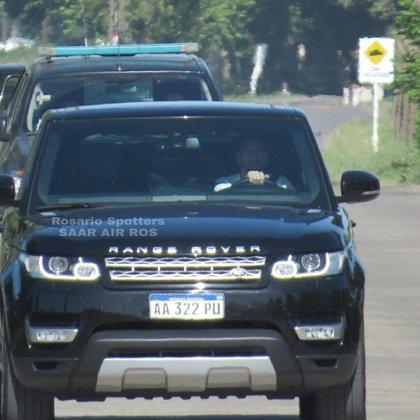 Messi se mostró a bordo de su camioneta (@RosarioSpotters)