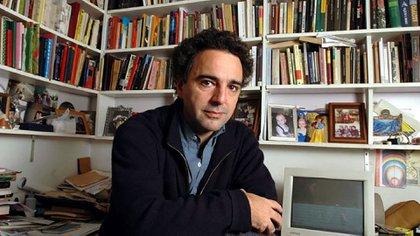 Pablo De Santis es uno de los autores argentinos que desembarcará en Liber 2017