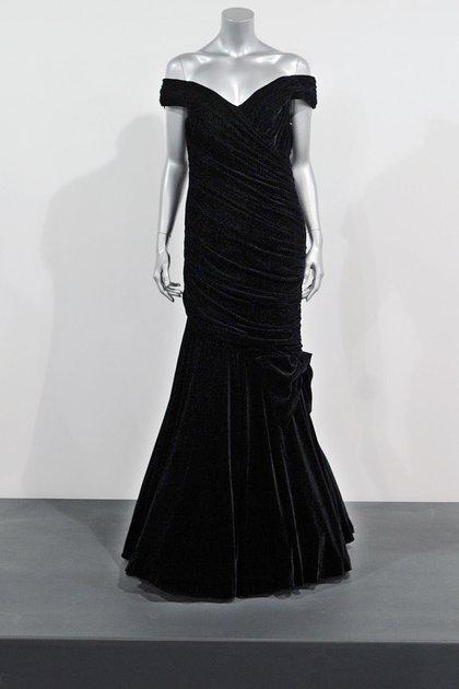 El vestido de Victor Edelstein que Lady Di lució en 1985