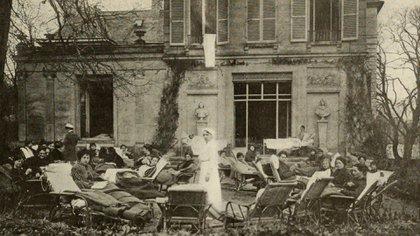 El sanatorio de tuberculosis Edward L. Trudeau Tuberculosis en Plessis-Piquet, Francia (Internet Archive Book Images)