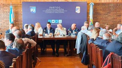 Reunión organizada por el Consejo Nacional del PJ. La estructra partidaria, otra vez en la mira.