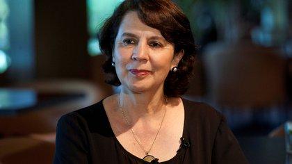 """Rosalía Arteaga, candidata de la sociedad civil a la Secretaría de la ONU: """"Es fundamental privilegiar la educación de las mujeres"""""""