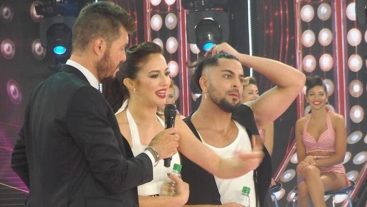 Tinelli junto a Flor Vigna y Facu Mazzei
