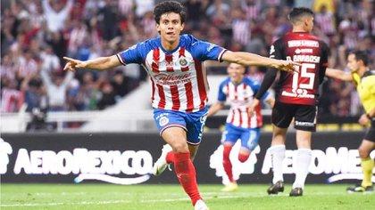 El delantero de 20 años ha despertado el interés de la Real Sociedad de España (Foto: Instagram/jjmacias9)