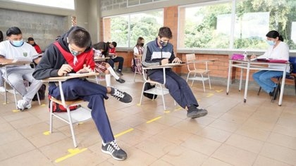 En mayo, el 100% de las Instituciones Educativas deberán funcionar en alternancia: Mineducación
