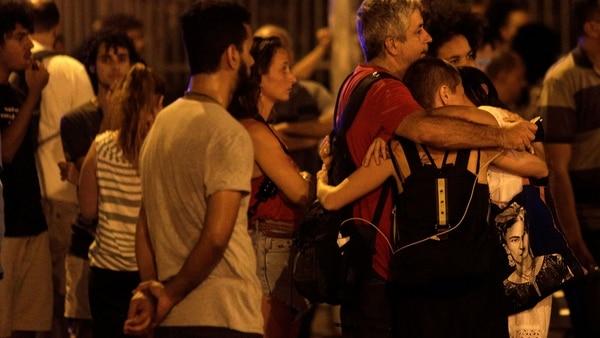 Cientos de personas la despidieron (Reuters)