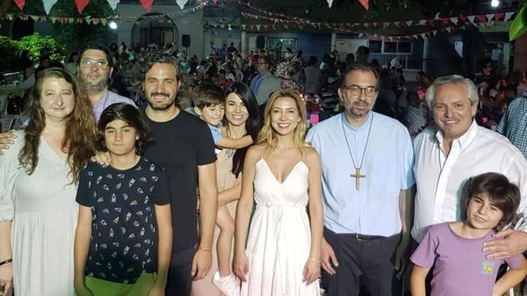 El presidente Alberto Fernández pasó la Nochebuena en la iglesia San Cayetano