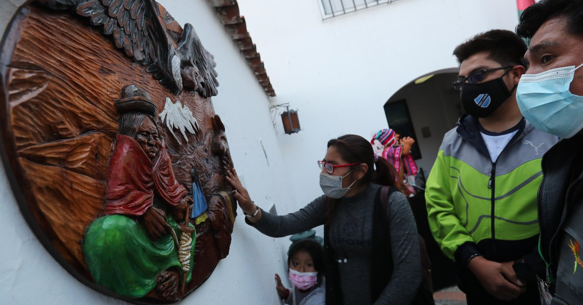A Museum offers a Sensory tour for Blind people in Bolivia