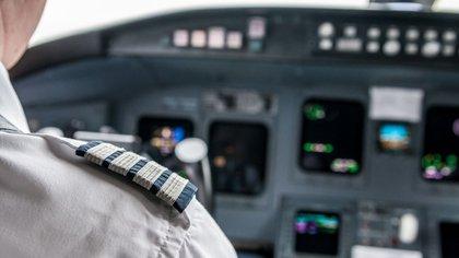 Piloto de avión de línea completa el podio de los más estresantes (iStock)
