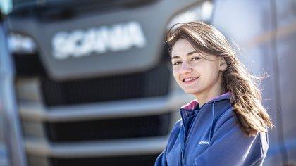 Virginia es camionera desde los 18 y ahora trabaja como instructora para conductores del Ceamse