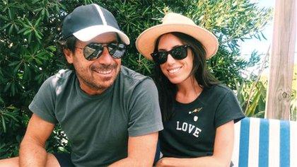 Sofía junto a su papá, Ricky. Como siempre. Ella, por su formación, estaba destinada a ser su heredera en la moda