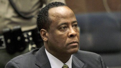 Conrad Murray fue condenado por homicidio involuntario (EFE)