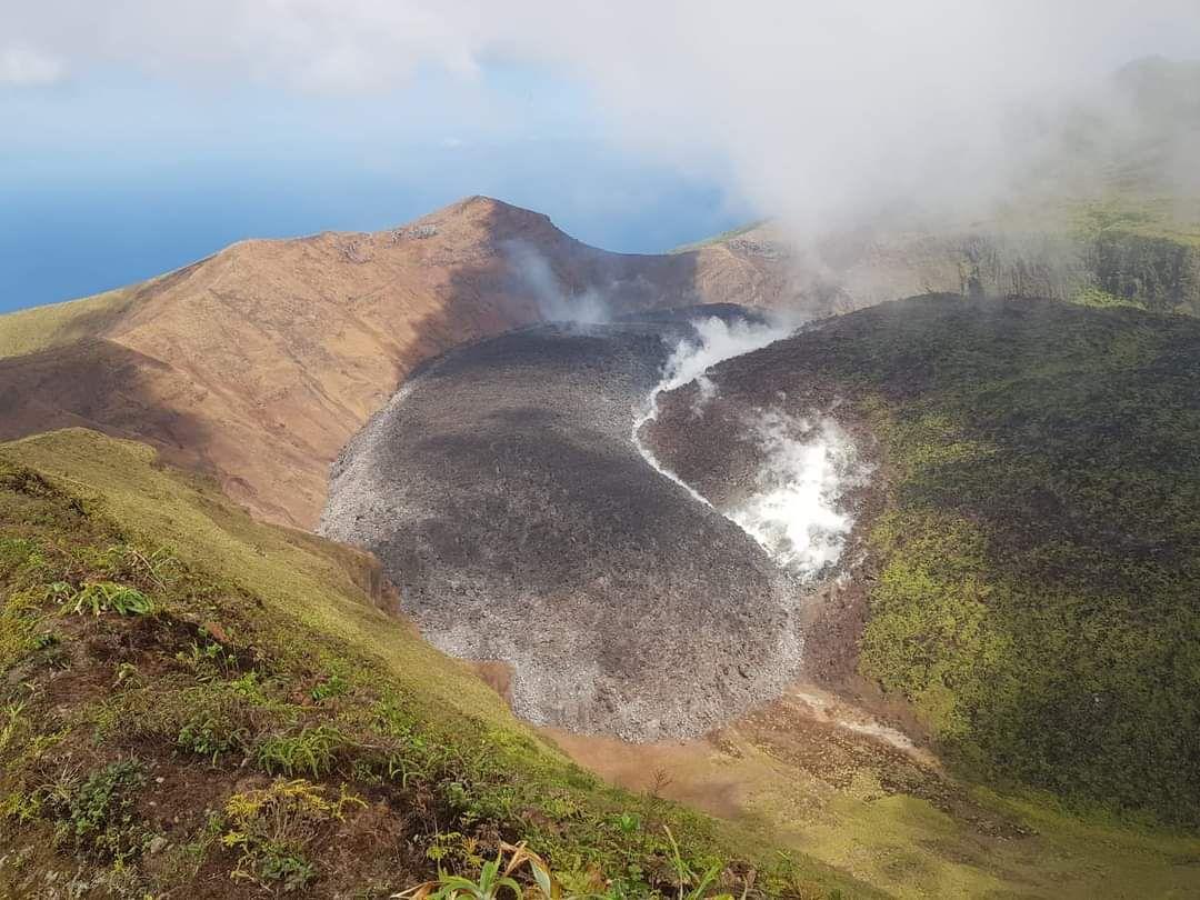 volcán - erupción