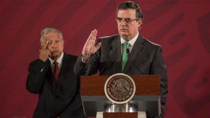 Aunque el presidente no ha viajado al exterior, Ebrard ha ido en su representanción (Foto: Cuartoscuro)