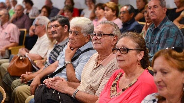 La Anses dio a conocer el calendario de pago de junio para jubilados pensionados y beneficiarios de plantes sociales.