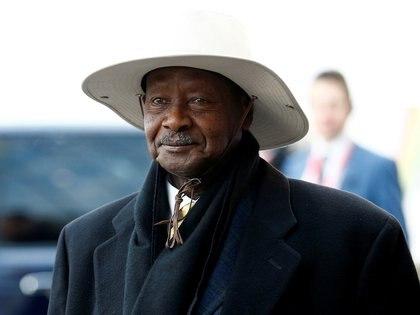 Museveni llega a la Cumbre de Inversiones Reino Unido-África en Londres, Gran Bretaña, el 20 de enero de 2020 (REUTERS/Henry Nicholls/Foto de archivo)