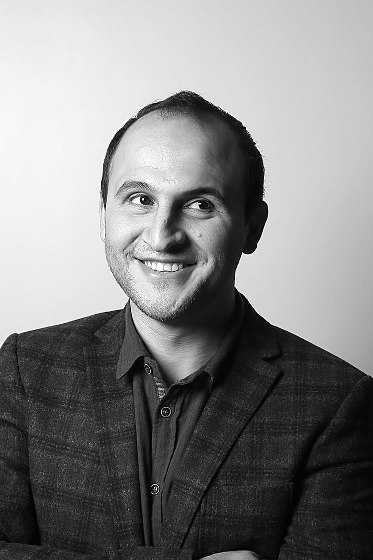 Kürşat Ceylan es ciego y es cofundador de WeWalk
