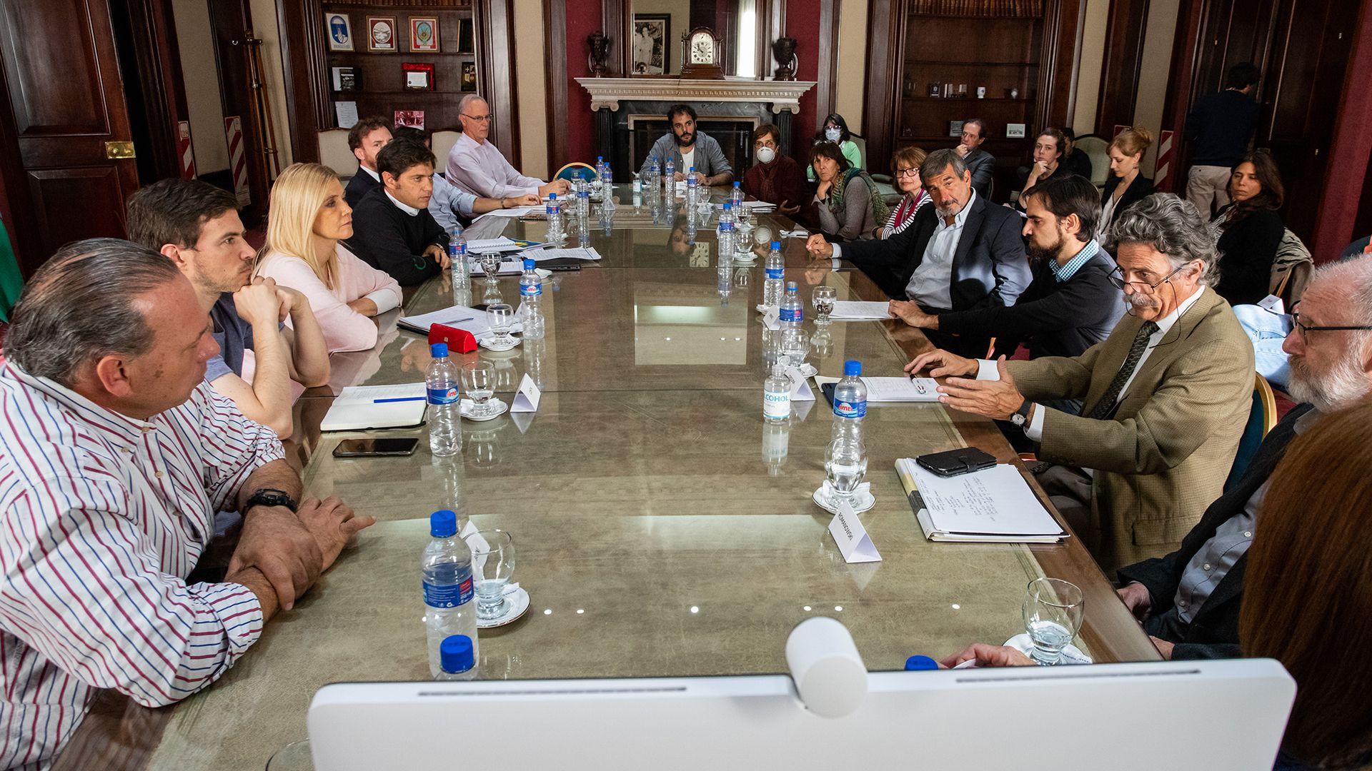 El último martes Axel Kicillof encabezó una reunión con el Comité de expertos