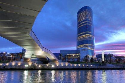 La Torre Iberdrola de Bilbao, otra de las obras célebres de Pelli (Shutterstock)