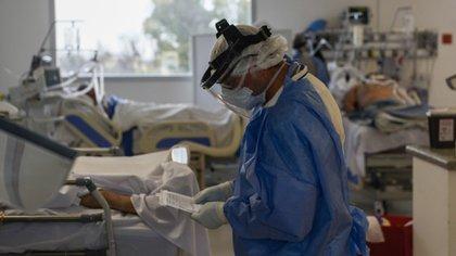 Argentina superó los 2.000 muertos por coronavirus