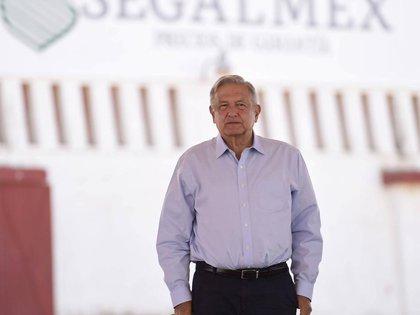 El presidente Andrés Manuel López Obrador, realizó una gira por varios municipios de Zacatecas. Desde Fresnillo, anunció el envío de más elementos de la GN, Sedena y Marina, para reforzar la seguridad en la entidad. (Foto: Presidencia de México)