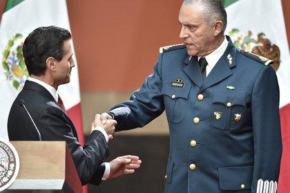 Cienfuegos Zepeda está acusado de colaborar con el Cártel H-2 (Foto: Omar TORRES / AFP)
